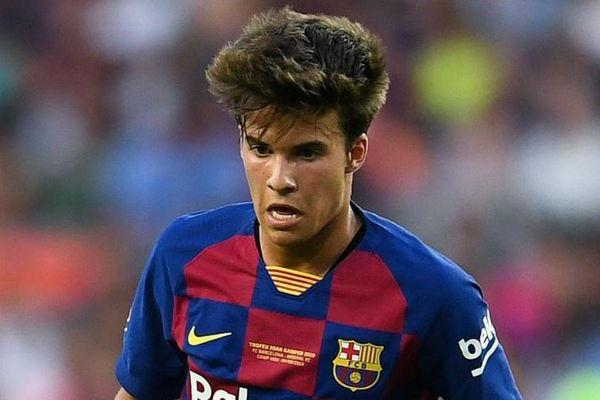 HLV Koeman mất niềm tin vào sao trẻ Barca