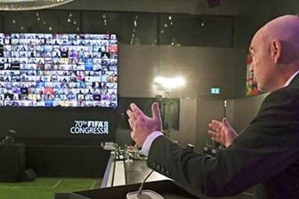 Đại hội lần thứ 70 của FIFA lần đầu tiên được tổ chức trực tuyến