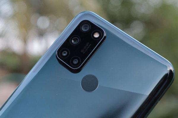 Ảnh chi tiết smartphone chống nước, chip S662 RAM 8 GB, pin 5.000 mAh, giá chưa tới 5 triệu