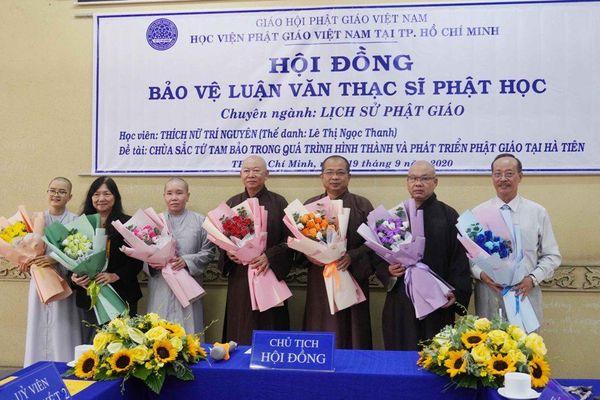 7 Tăng Ni học viên bảo vệ luận văn Thạc sĩ Phật học