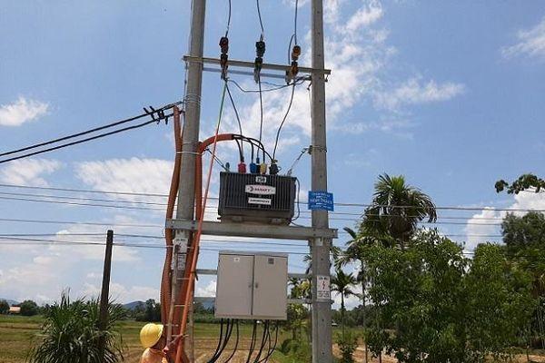 Hoàn thiện lưới điện tiếp nhận các xã ở huyện Nghĩa Hành