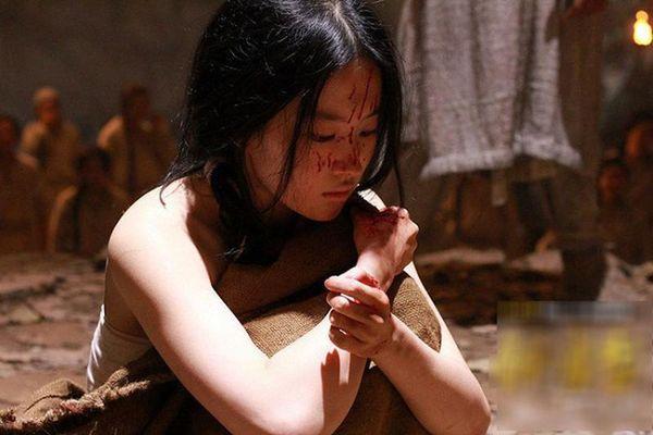 Hé lộ cách thức tịnh thân đối với các cung nữ Trung Hoa