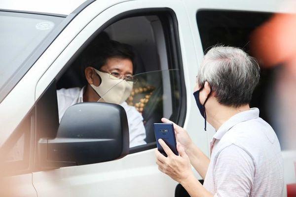 Ông Đoàn Ngọc Hải bán xe cổ, áo đấu làm từ thiện: Có doanh nghiệp ngỏ ý mua