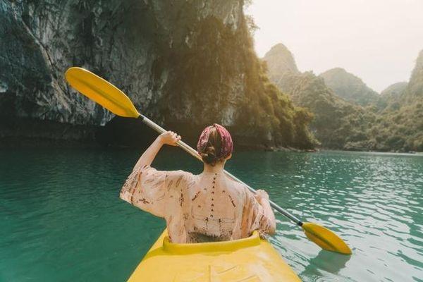 Thêm dịch vụ du lịch trên vịnh Hạ Long