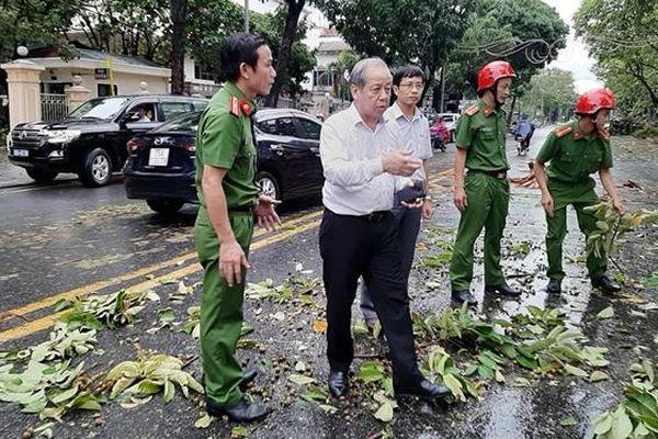 Thừa Thiên-Huế nỗ lực khắc phục hậu quả bão số 5