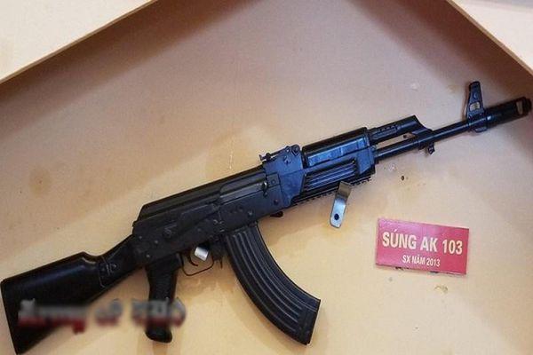 Bất ngờ: Việt Nam đã sản xuất được súng AK-103 hiện đại từ năm 2013