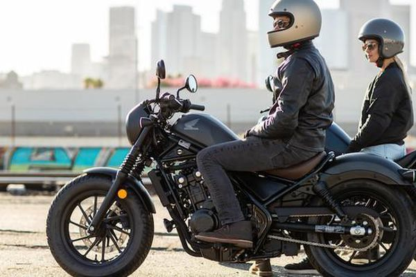 Honda Rebel 2020 về Việt Nam, giá bán 180 triệu đồng