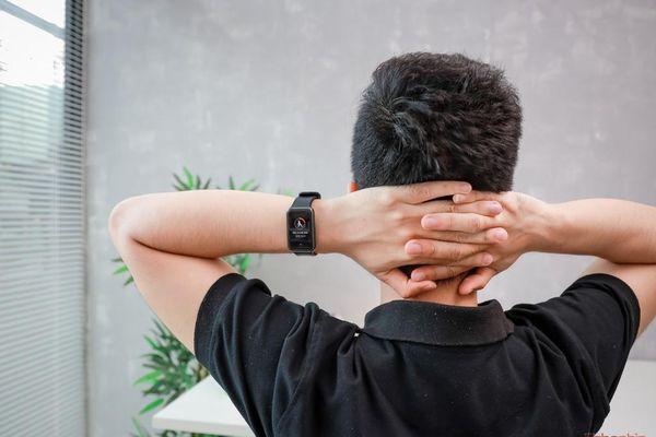 5 điểm đáng tiền trên đồng hồ thể thao thông minh Watch Fit