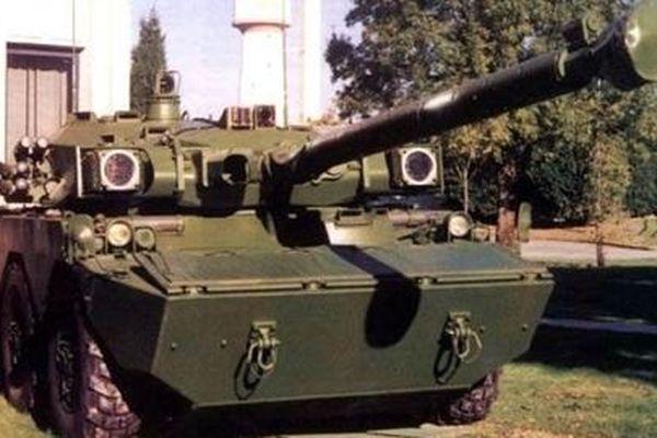 Ngạc nhiên xe tăng bánh lốp Pháp lắp 'mắt đỏ' của T-90