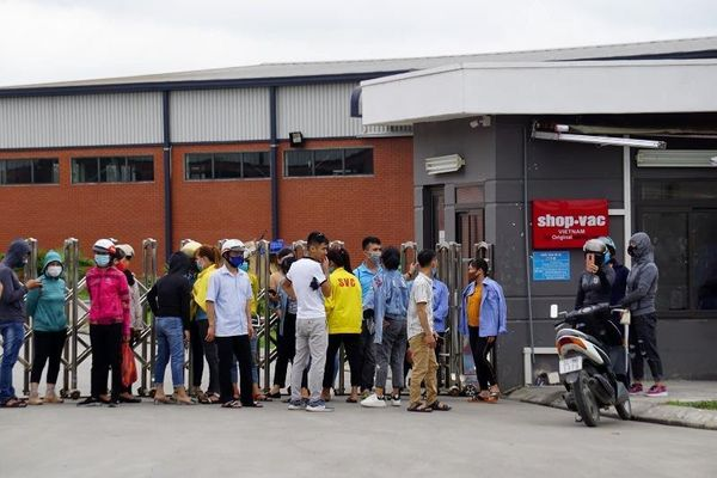 Chủ doanh nghiệp 'mất tích', hơn 800 công nhân hoang mang