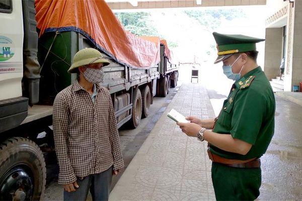 Hoàn thành 'mục tiêu kép' ở cửa khẩu quốc tế Cha Lo