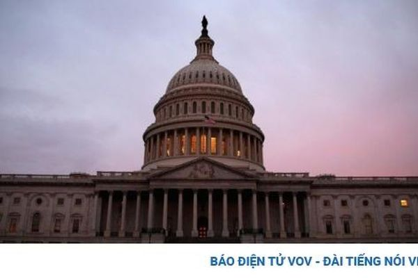 Hạ viện Mỹ thông qua dự luật chi tiêu ngăn nguy cơ đóng cửa chính phủ