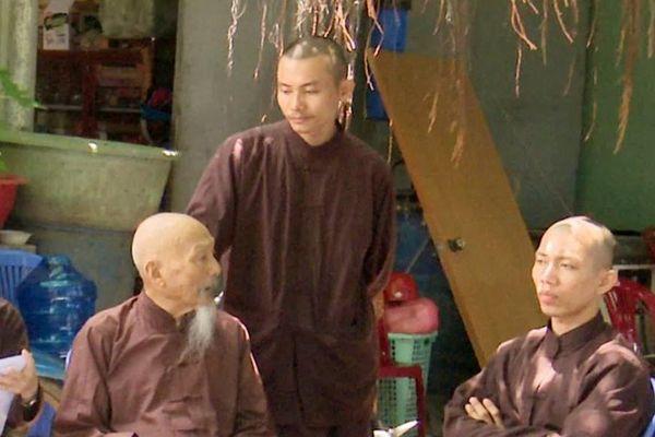 Hàng xóm nói gì về Tịnh thất Bồng Lai
