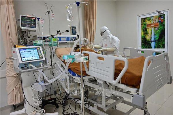 Hàng ngàn y tá Indonesia mắc Covid-19