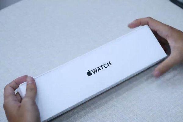 Trên tay Apple Watch SE, giá từ 7,59 triệu đồng ở Việt Nam