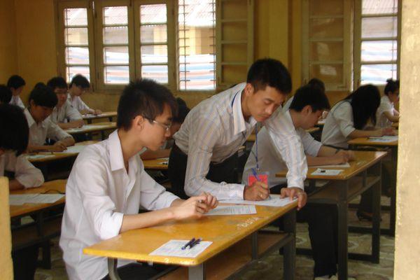 Hà Nội hủy kết quả tuyển dụng 4 giáo viên, nhân viên THPT công lập
