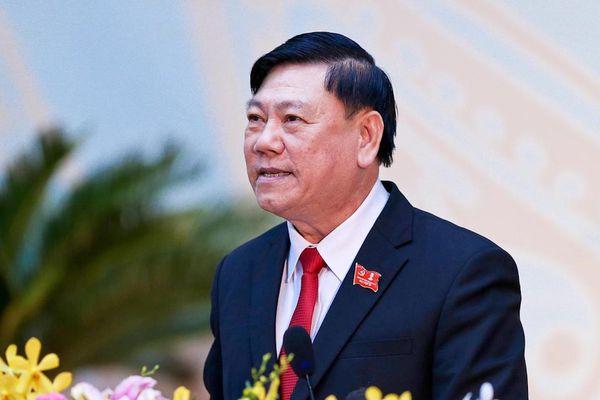 Giới thiệu ông Trần Văn Rón làm Bí thư Tỉnh ủy Vĩnh Long