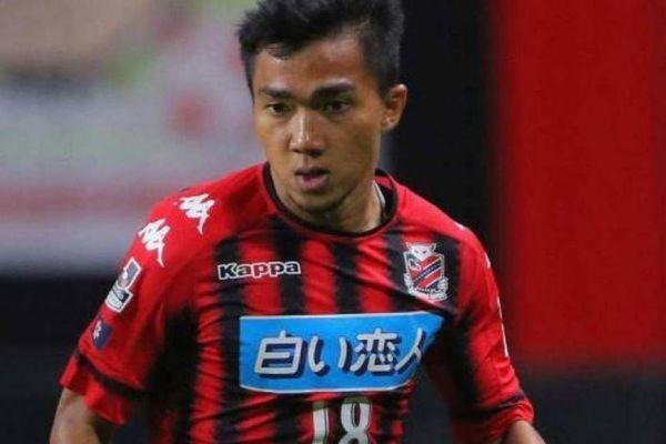 Ngôi sao số 1 tuyển Thái Lan gặp 'hạn' tại đội bóng Nhật Bản