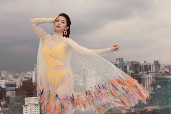 Top 5 Hoa hậu biển Việt Nam khiến fan xuýt soa với bikini nóng bỏng, khoe trọn đường cong 'số đo vàng'