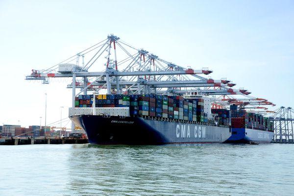 Đột phá cải cách thủ tục hành chính cảng biển