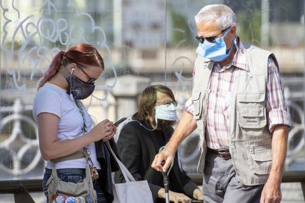Tỷ lệ lây nhiễm Covid-19 trong 24h qua tại Séc đứng đầu châu Âu