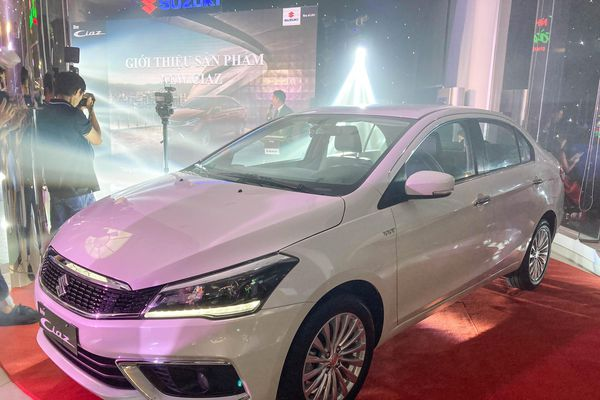 Suzuki Ciaz 2020 được ra mắt tại Việt Nam, giá 529 triệu đồng