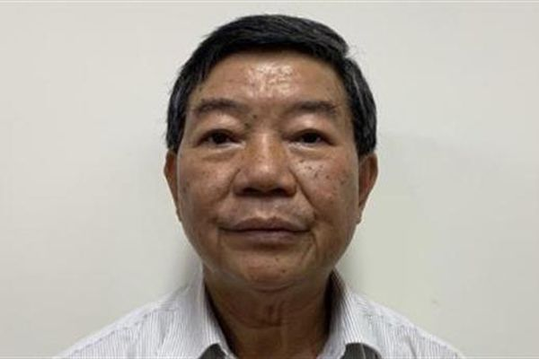 Nguyên GĐ Bệnh viện Bạch Mai nói gì trước khi bị bắt?