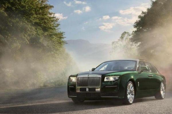 Rolls-Royce Ghost 2021 ra mắt phiên bản trục cơ sở kéo dài Ghost Extended