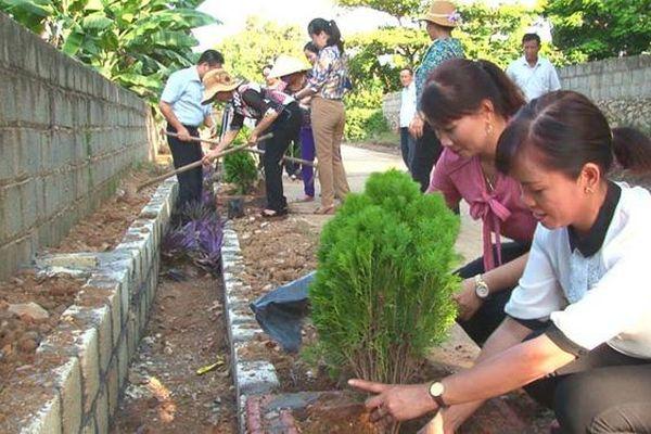 Nâng cao kiến thức về vai trò của phụ nữ trong xây dựng nông thôn mới