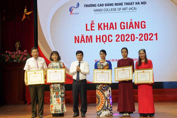 Trường Cao đẳng Nghệ thuật Hà Nội khai giảng năm học mới