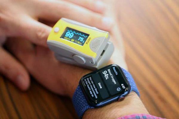 Apple Watch Series 6 dính lỗi tính năng đo nồng độ oxy trong máu