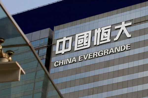 Đại gia nhà đất Trung Quốc gặp khó vì gánh nặng nợ