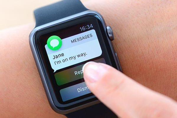 Không thể xóa SMS trên Apple Watch bằng iPhone