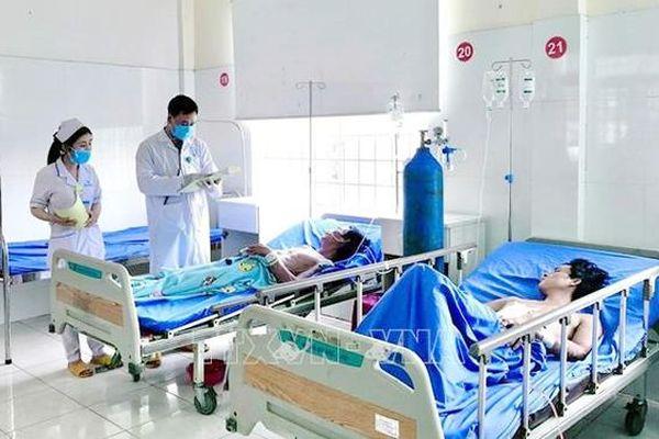 Nhiều thách thức trong thu hút, 'giữ chân' bác sĩ tại Đắk Nông