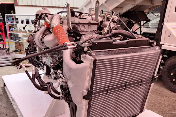 Ra mắt xe tải hạng nặng GINGA 2020 giá 1,970 tỷ đồng