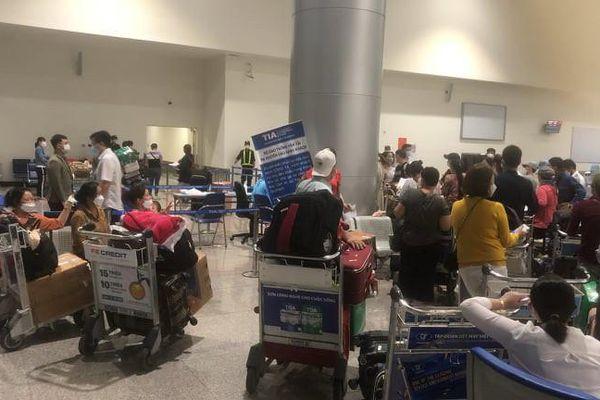 Vietjet nói gì về phản ánh phí cách ly người về từ Hàn Quốc quá cao?