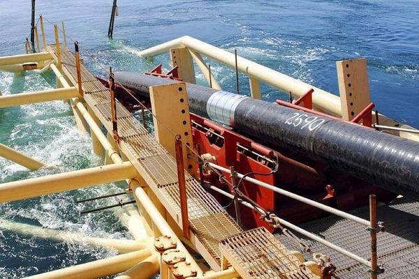 Mỹ bắt đầu 'soi' kỹ cáp quang biển Trung Quốc