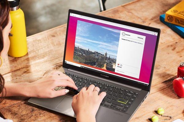 ASUS VivoBook S14 laptop trang bị Intel Core i thế hệ thứ 11 đầu tiên