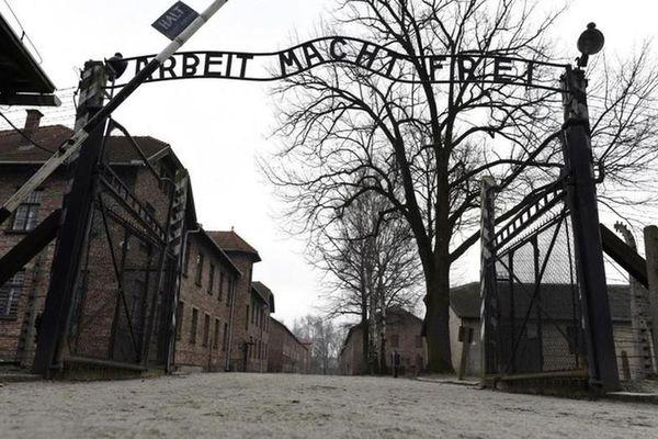 Cảnh tượng khủng khiếp bên trong 'chốn địa ngục' của phát xít Đức