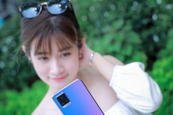 Vivo V20 với khả năng lấy nét qua mắt đã có mặt tại Việt Nam