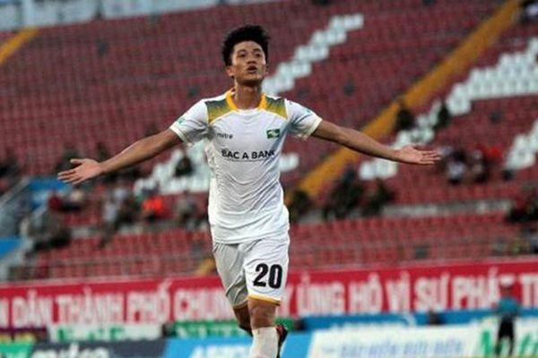 Tiền vệ Phan Văn Đức - 'hung thần' của đội bóng đất Cảng