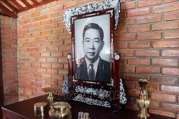 Tố Hữu - nhà cách mạng, nhà thơ lớn