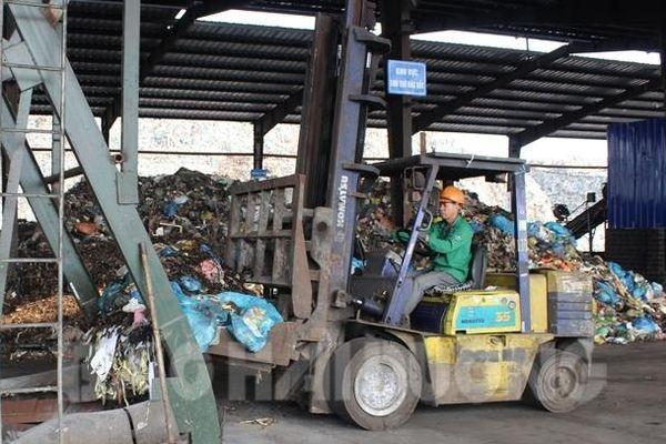 Hải Dương: Hơn 60.000 tấn rác thải tồn đọng từ nhiều năm cần được xử lý