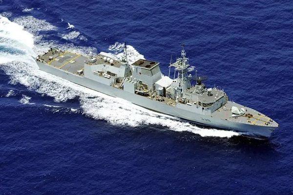 Tàu chiến Canada qua eo biển Đài Loan giữa giai đoạn căng thẳng