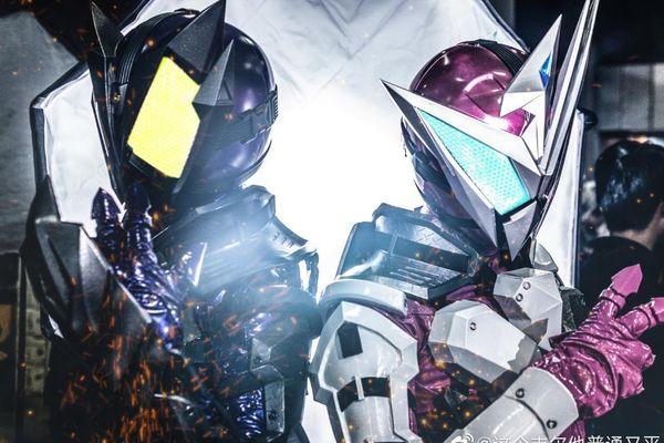 Trầm trồ trước loạt ảnh cosplay của bộ đôi Kamen Rider Horobi & Jin