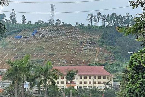 Hòa Bình dừng thi công công trình trên đồi ông Tượng?