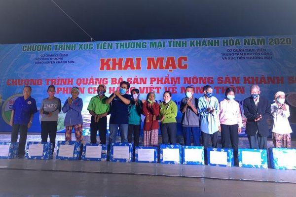 Hiệu ứng tích cực từ 4 phiên chợ hàng Việt về nông thôn ở Khánh Hòa năm 2020