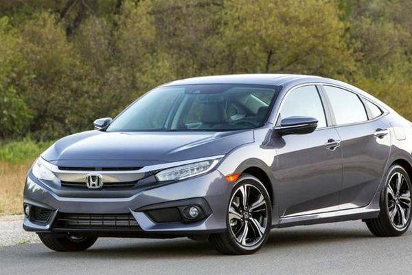 Giá xe ô tô hôm nay 7/10: Honda Civic dao động từ 729 - 934 triệu đồng