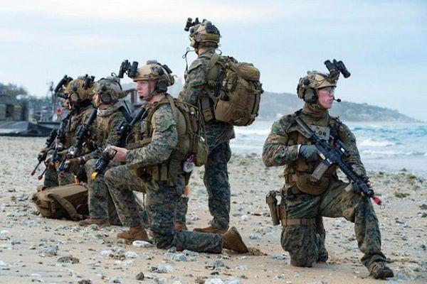 Chi tiết khác biệt giữa lực lượng Thủy quân lục chiến và Lục quân Mỹ