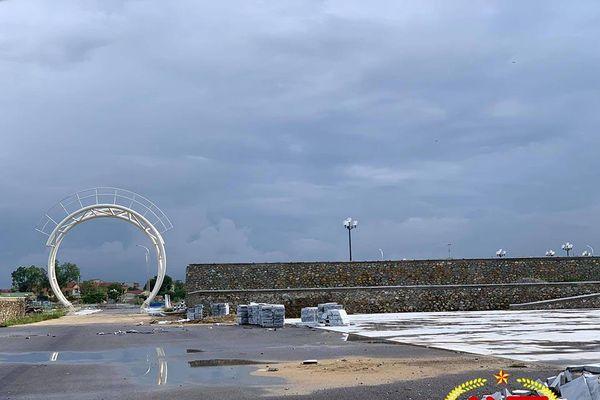 Nghệ An: Nhếch nhác, nứt nẻ tại công trình Công viên Thanh thiếu niên 35 tỷ đồng